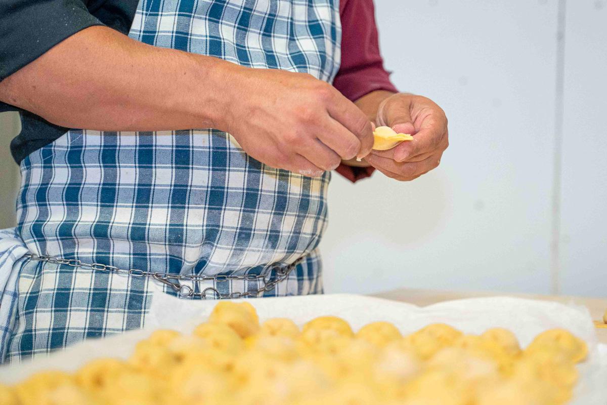 pasta-fresca-cucina-tagliatelle-nuova-pesa-minerbio-bologna